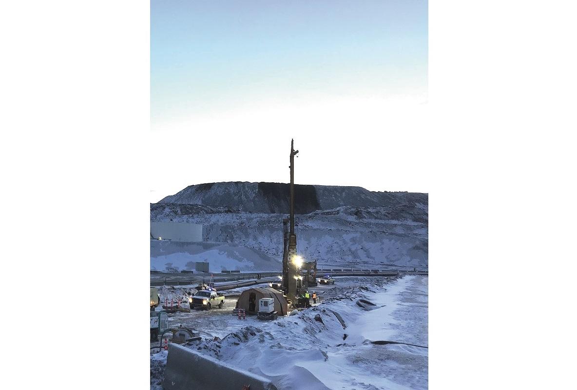 Rund 170 km nördlich des Polarkreises führte BAUER Foundation Corp. Feldversuche mittels Düsenstrahl- und Cutter-Soil-Mixing-Verfahren aus.
