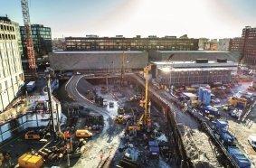 """Zur Realisierung des Bauvorhabens """"Postbyen"""" in Kopenhagen wurde die BAUER  Spezialtiefbau GmbH mit der Ausführung des neuen und innovativen Lift-Cell-Verfahrens  beauftragt. © BAUER Group"""