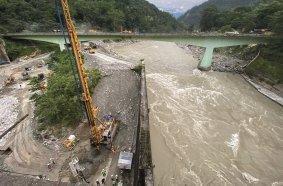 Bauer führt im indischen Bundesstaat Sikkim für das Teesta VI Hydro Electric Projekt die erforderlichen Spezialtiefbauarbeiten aus.