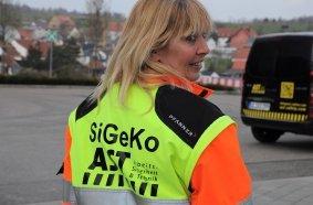 Klar erkennbar. Christine Musati, Sicherheits- und Gesundheitskoordinatorin bei der AST GmbH, entgeht nichts.