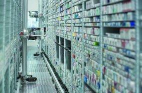 Der Kommissionierautomat KNAPP-Store ist Kerntechnologie in zukunftsweisenden B2C-Pharma-Lösungen