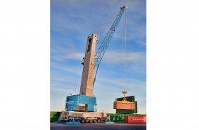 Konecranes Gottwald Modell 6 Hafenmobilkran im Containerumschlag