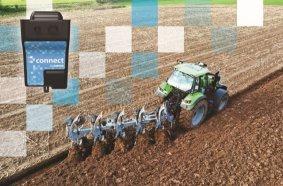 """Exakte Arbeit durch Automatik: Mithilfe von """"LEMKEN iQblue connect"""" können Arbeitsdaten von Anbaugeräten für die Traktorsteuerung genutzt werden."""