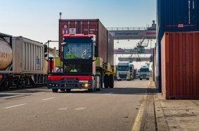 Der KAMAG PT überzeugt Fahrzeugbetreiber und Fahrer mit seinen Fahreigenschaften und der auf die Fahrer ausgelegten Ergonomie