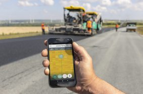 Einbautemperaturen per Smartphone überwachen: Nutzer von WITOS Paving Docu und WITOS Paving Plus, die zusätzlich das Temperatur-Messsystem RoadScan einsetzen, können mit der Jobsite Temp App jetzt alle relevanten Temperaturdaten in Echtzeit verfolgen.