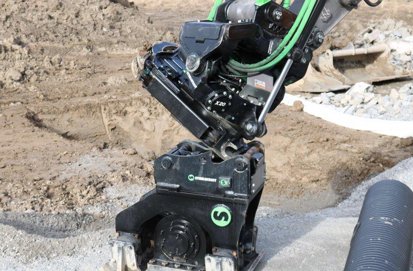 Steelwrist und Volvo CE erweitern die Zusammenarbeit mit der Einführung von werkseitig montierten SQ Auto Connect-Schnell- wechslern für Bagger