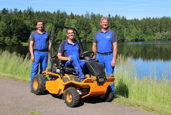 Arbeiten dort wo andere Urlaub machen. Die Stauwärter des Wasserverbandes obere Jagst Georg Wagner, Andre Schmitt und Martin Schmid wissen die Schönheit ihrer Einsatzorte durchaus zu schätzen.