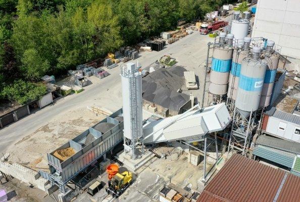 Innovative Technik: EUROMIX® 3300 SPACE von SBM produziert Ultrahochleistungsbeton für Windkrafttürme. Bildhinweis: SBM Mineral Processing (Abdruck bei Nennung honorarfrei)