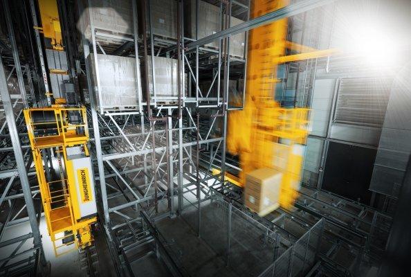 Automatisierung in der Welt der Düfte: Jungheinrich baut automatisiertes Intralogistiksystem für LUZI AG