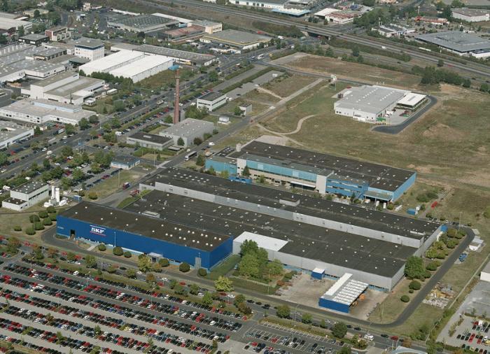 """Im Schweinfurter """"Werk 3"""" verfügt SKF bereits seit Jahren über die für Großlager erforderliche """"XXL-Infrastruktur""""."""