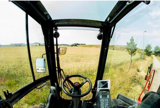 Gute Sicht = hohe Sicherheit – neue, gemeinsam mit den Fahrern entwickelte Kabine mit den größten Scheibenflächen im ganzen Markt und grandioser Rundumsicht