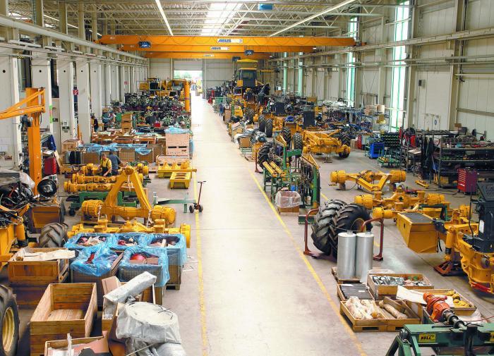 Die flexible Endmontage aller Modellreihen auf einer Fertigungslinie lässt das Eisenacher Bell-Werk flexibel auf Nachfragespitzen und spezifische Ausrüstungsanforderungen reagieren.