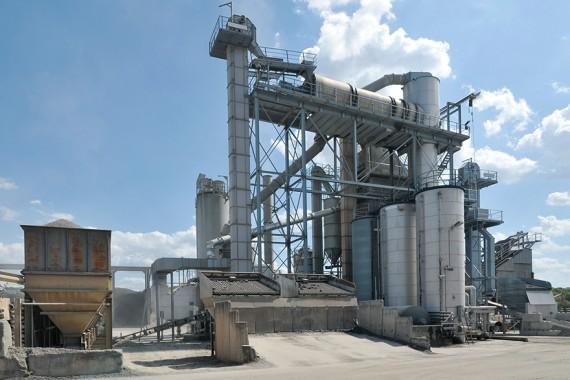 Die BENNINGHOVEN Asphaltmischanlagen der JuchemGruppe werden mit EVO JET Brennern der neuesten Generation betrieben.
