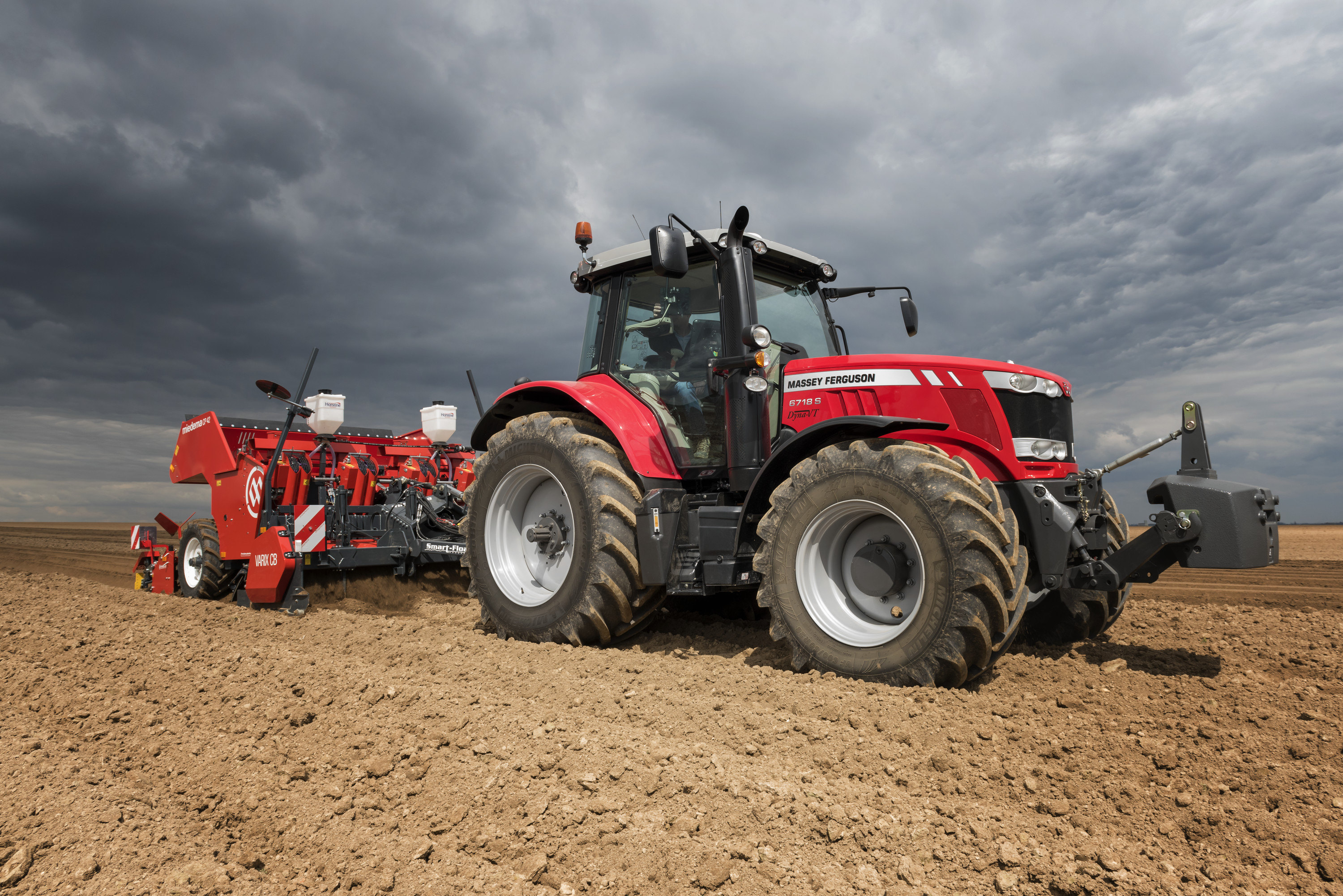 sima paris show debut for massey ferguson u2019s mf 6718 s