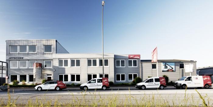 Jetschke Industriefahrzeuge: 1963 gegründet, seit 1971 am heutigen Standort in Hamburg-Wilhelmsburg