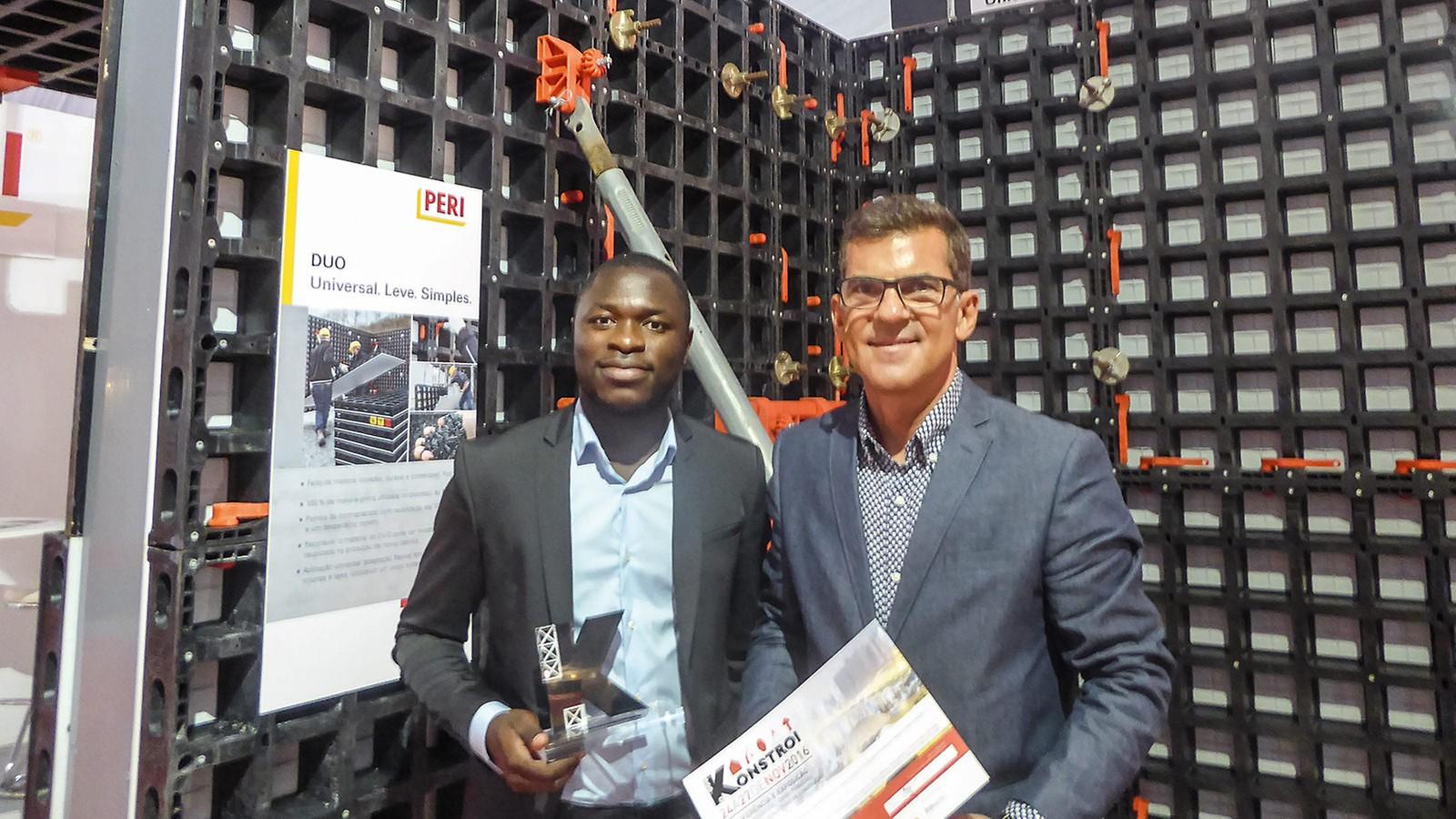 """Die Universalschalung PERI DUO ist der Gewinner der """"Best Innovation Product Award"""" Kategorie auf der """"Kostroi Angola 2016."""""""