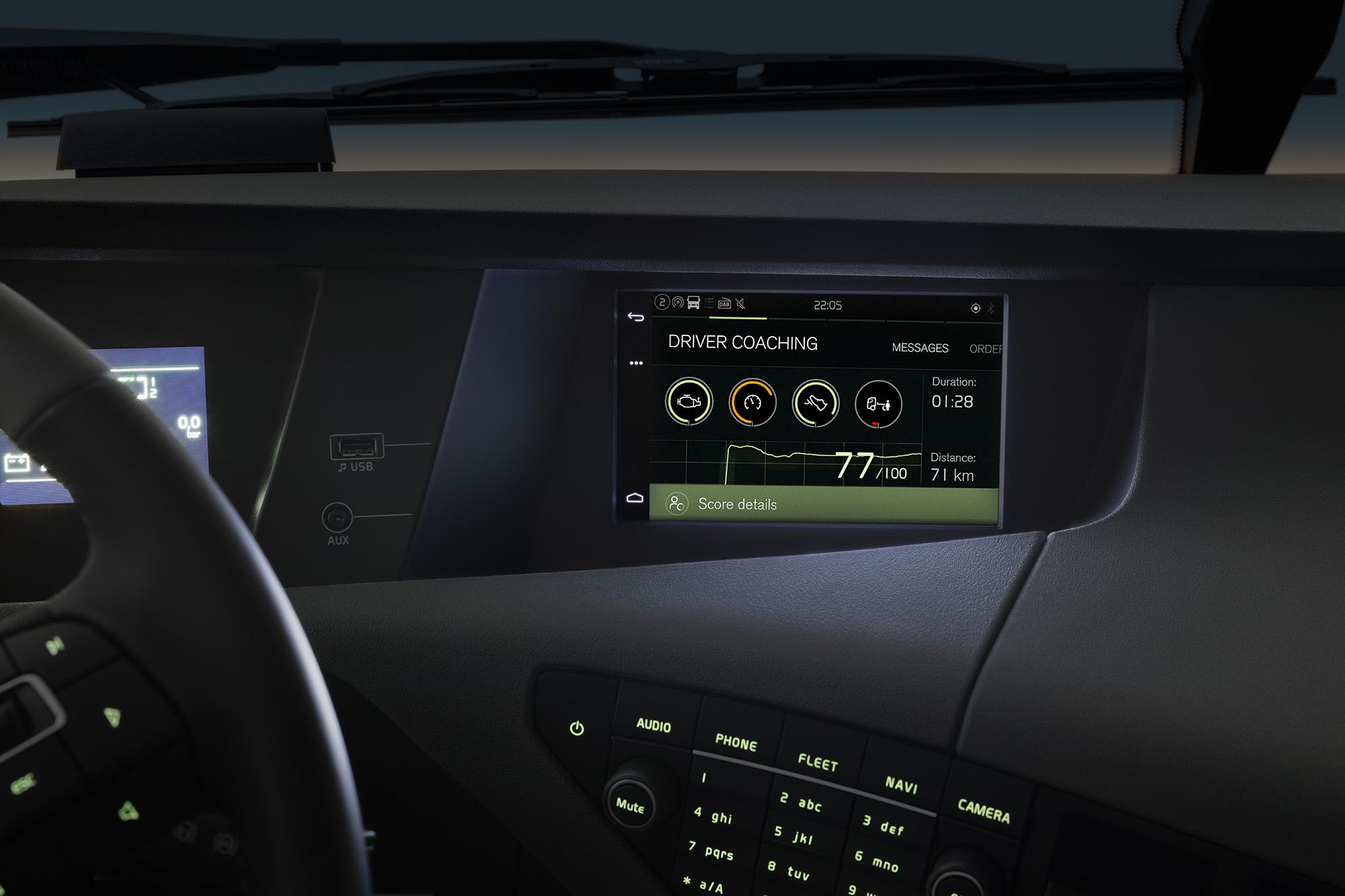 Mit den Dynafleet OnBoard-Diensten einschließlich Fahrertraining können Fahrer ihre Performance und den Kraftstoffverbrauch verfolgen.
