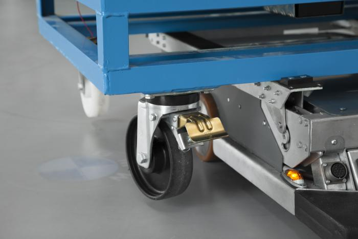 »Smart Transport Robot« – FTS im Kofferformat