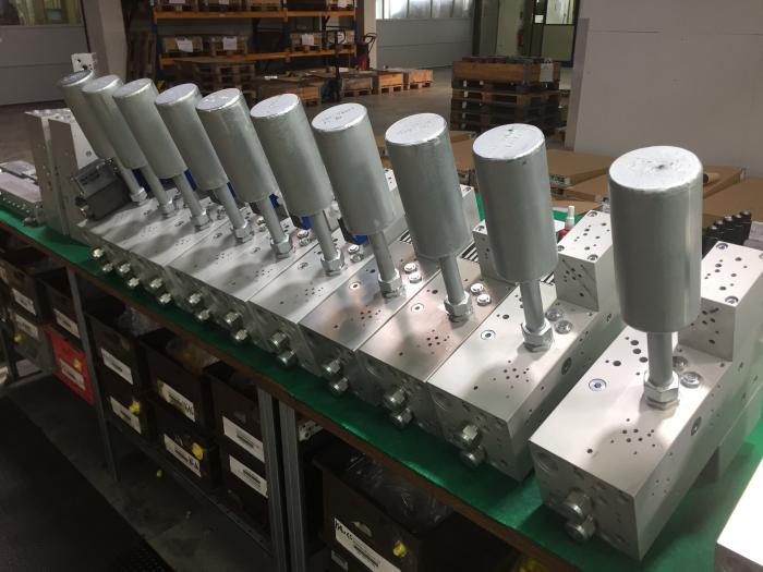 IMAV-Hydraulics Steuerblöcke mit Einschraubventilen