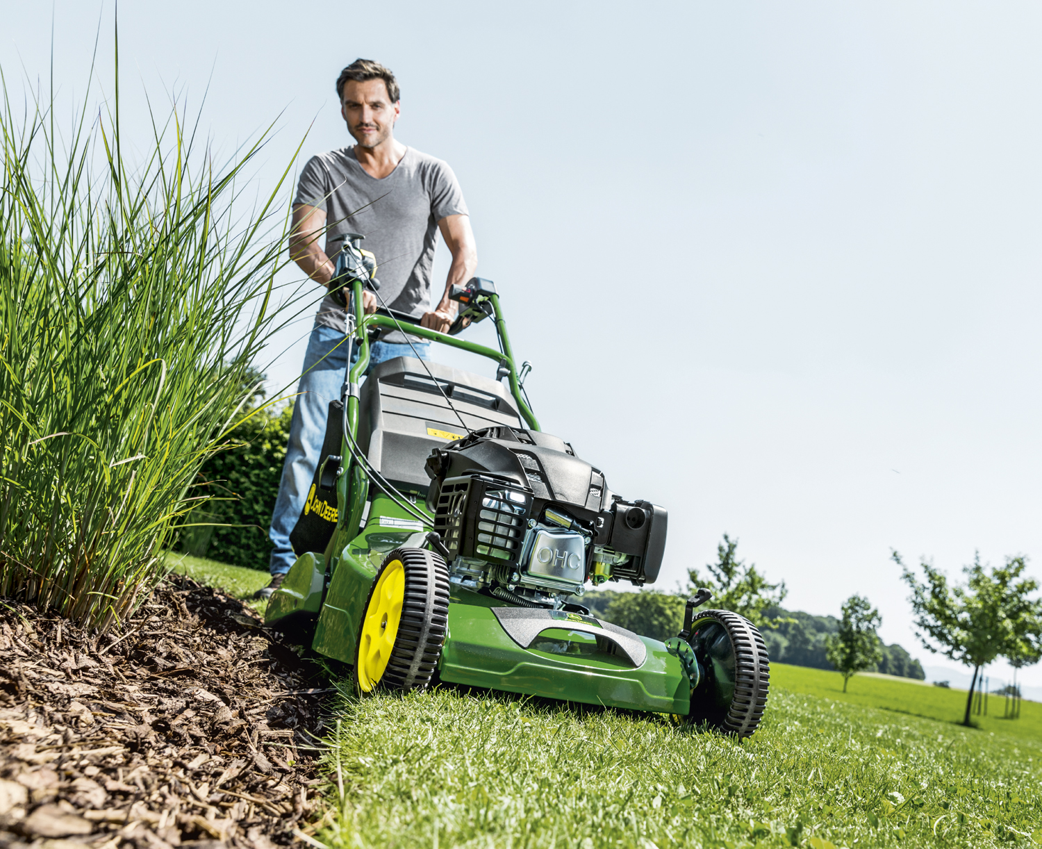 John Deere R54RKB lawnmower