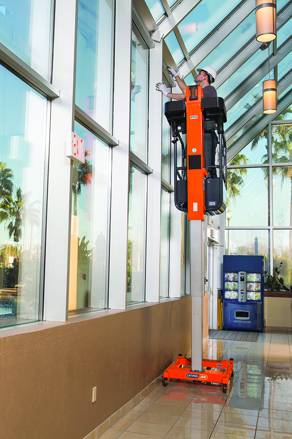 JLG LiftPod FT70