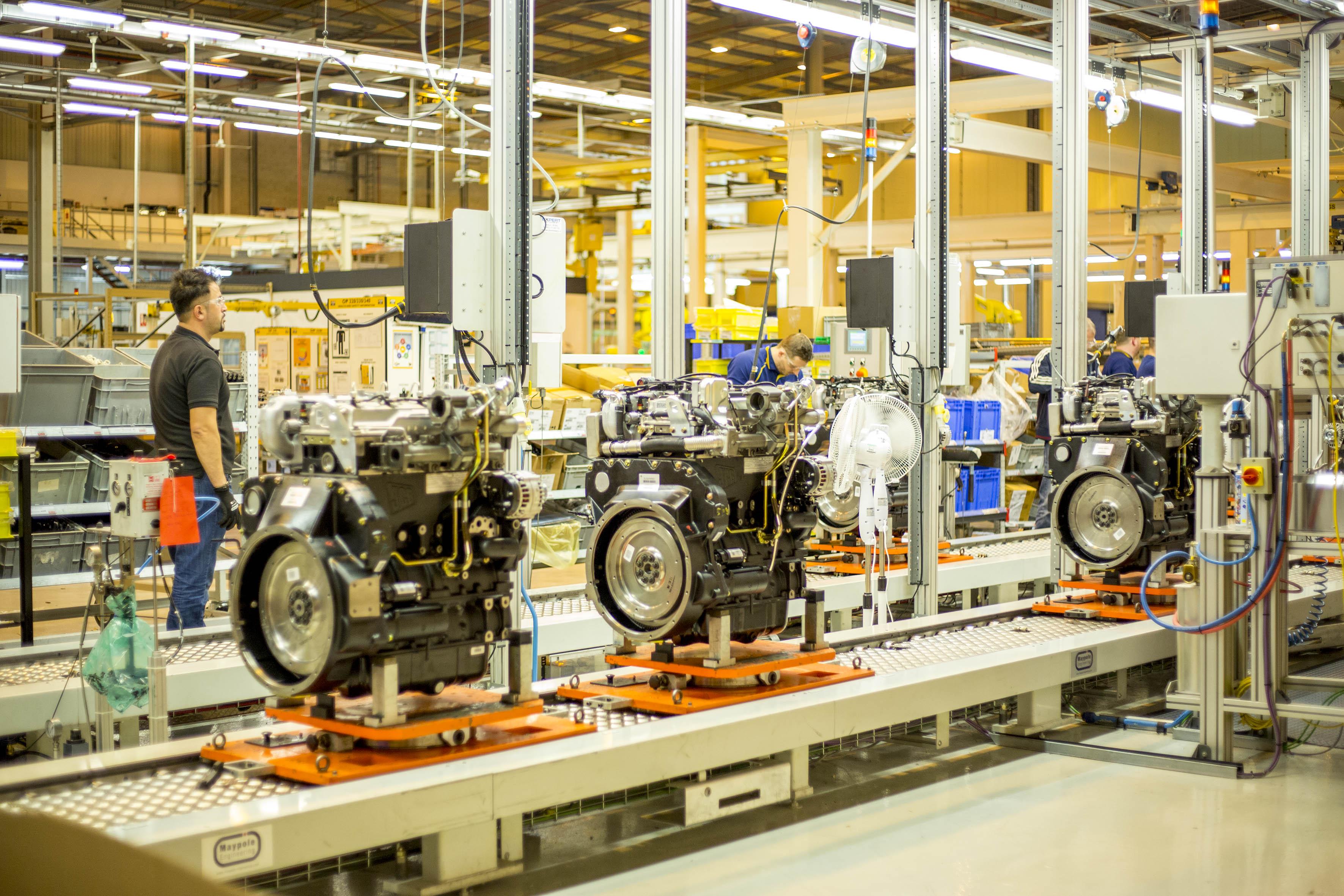 JCB produziert seine Motoren im eigenen Werk in England und investiert kräftig in die Standortsicherung.