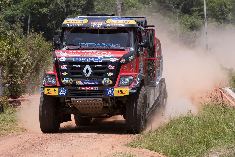 Renault Trucks Sherpa CBH 385 des Mammoet Rallysport Teams.
