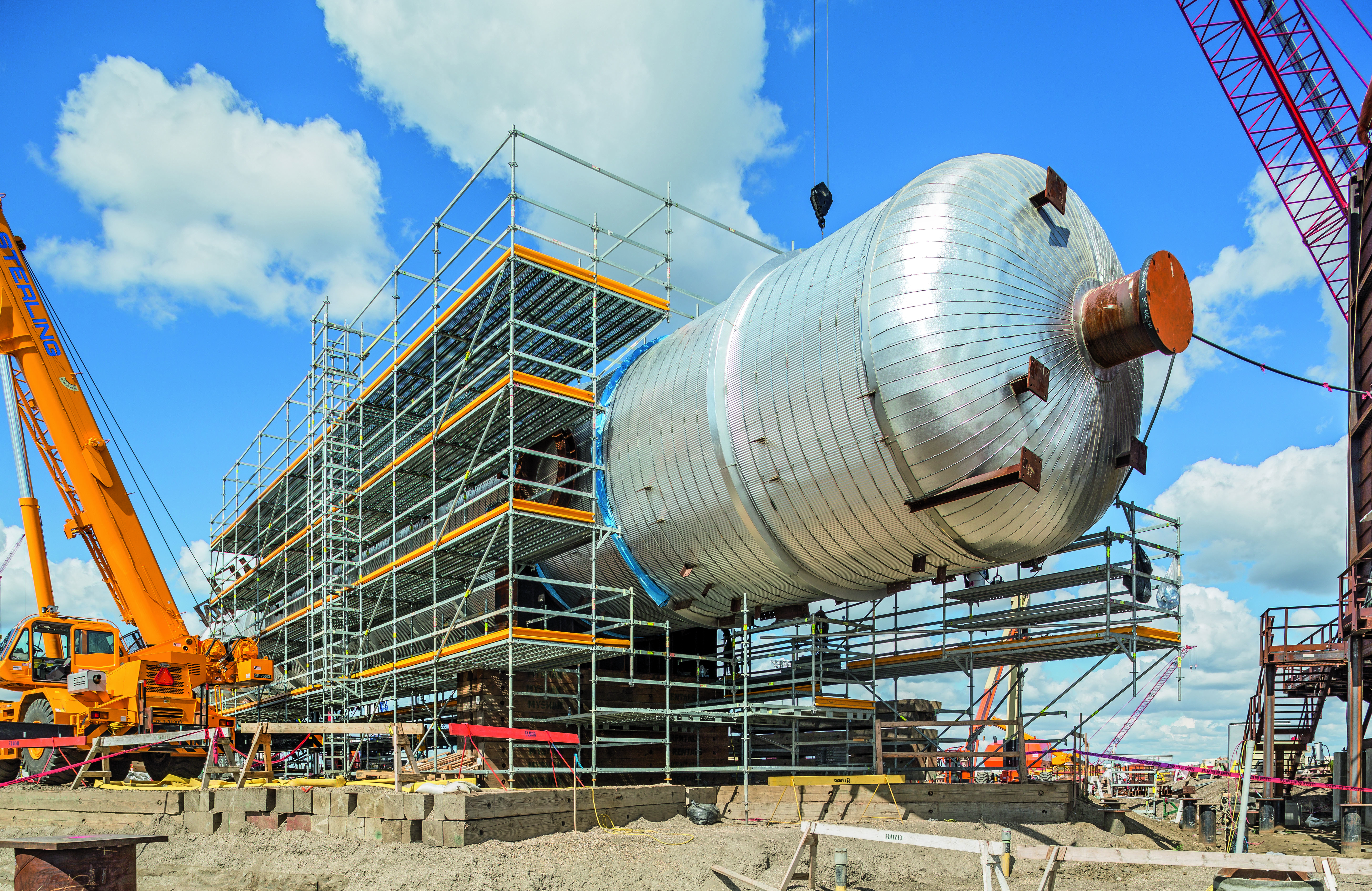 For the Northwest Redwater Project (NWR) in Edmonton (Canada), PERI is supporting the construction of the gigantic industrial facility with efficient PERI UP scaffolding technology, 3D scaffolding planning as well as comprehensive construction site support.