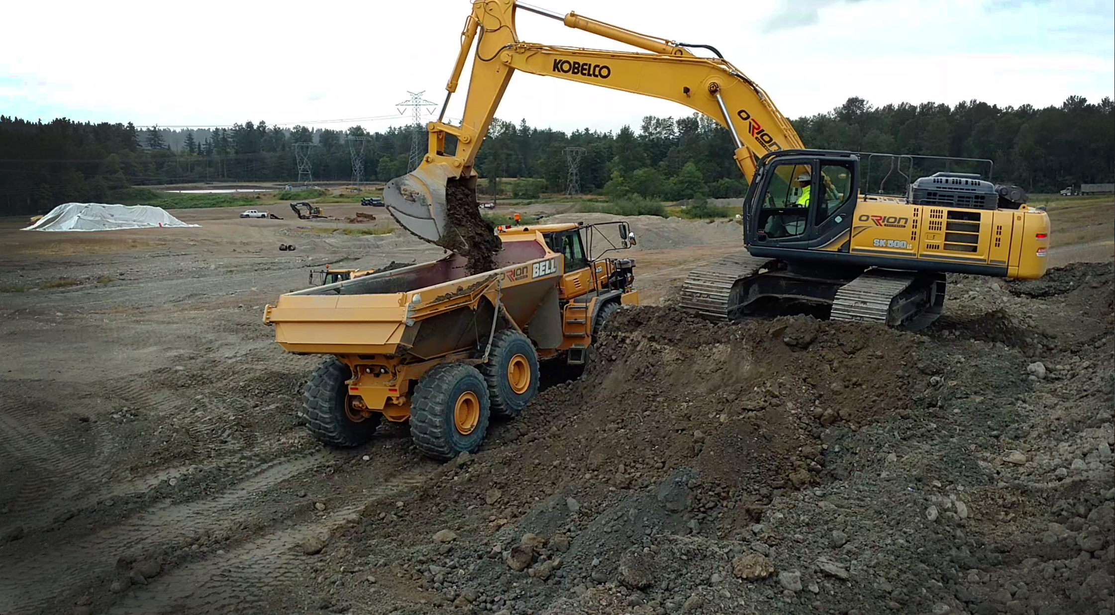Kobelco excavators are built like no other | LECTURA Press