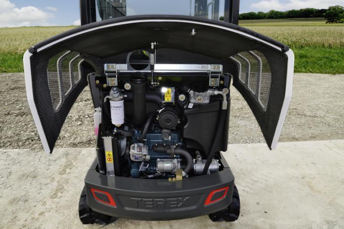 Offen für schnellen Service: Im aufgeräumten Motorraum sind alle täglich relevanten Servicepunkte leicht zu erreichen.