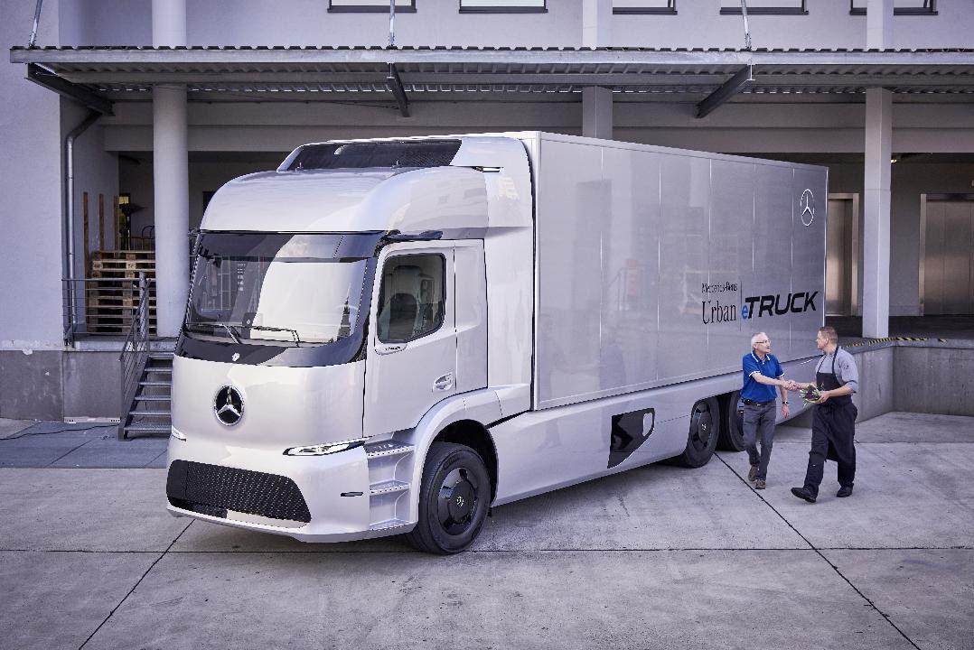 Kleinserie 2017: der vollelektrische Mercedes-Benz Urban eTruck im Kundeneinsatz.