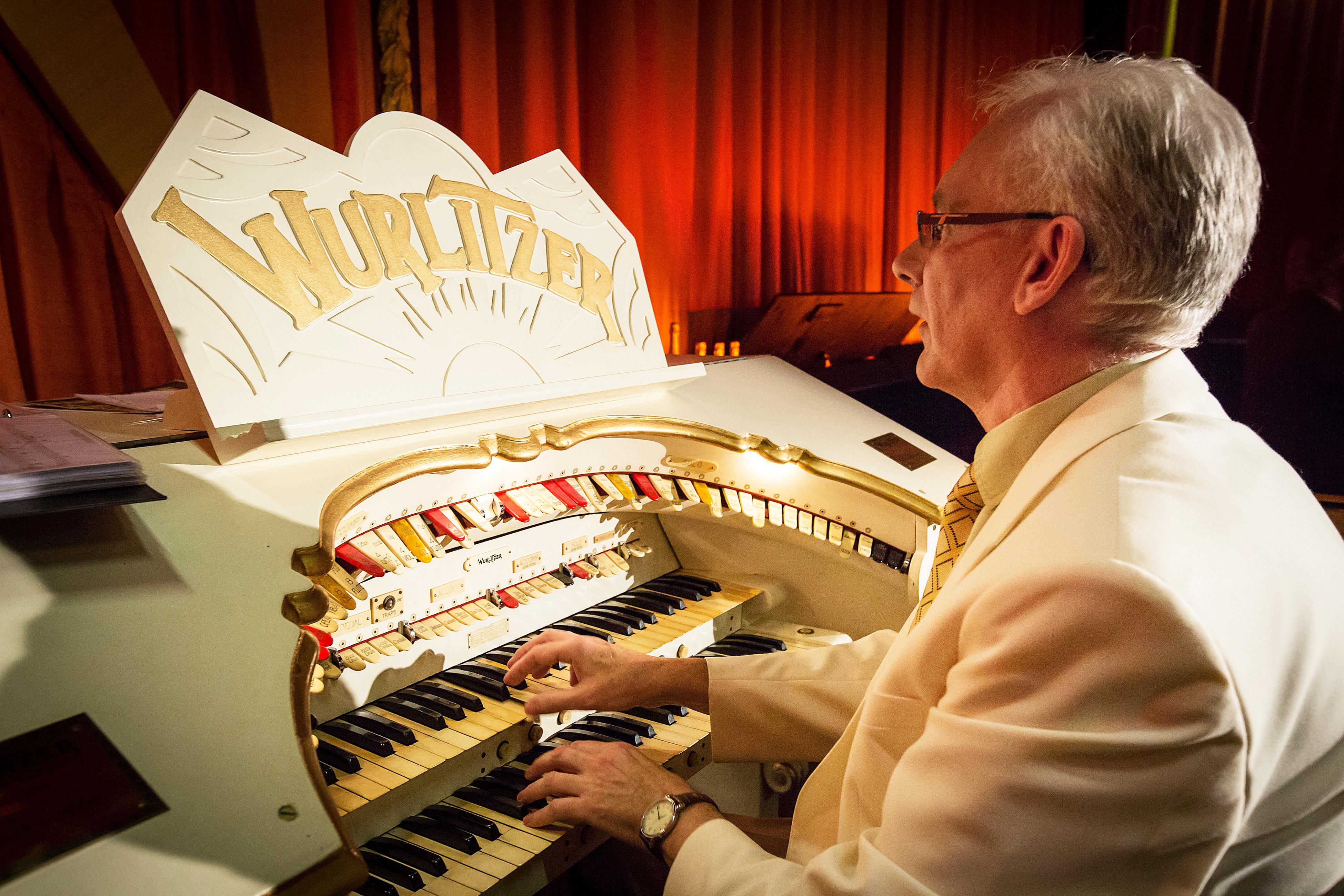 Skyjack hebt ikonische Wurlitzer-Orgel zu neuen Höhen